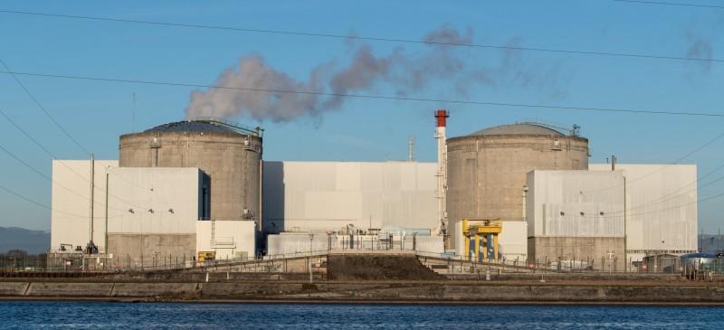 法國歷史最悠久的費瑟奈姆核電廠(見圖)在運行40多年後,將於本月底除役。(歐新社)