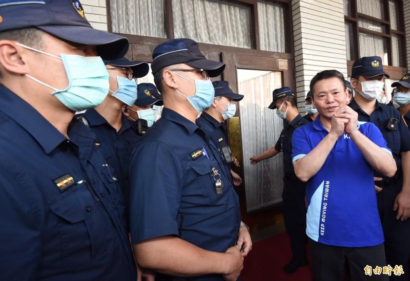 國民黨團總召林為洲上午受訪。(記者劉信德攝)
