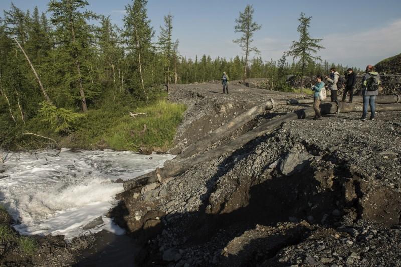 俄羅斯礦業龍頭諾里爾斯克鎳公司被爆在北極凍原偷排廢水。(美聯社)