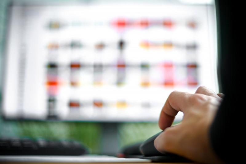 德國網路犯罪部門發現龐大的線上網站,其中至少有3萬人在上面共享兒童色情影片或分享虐待兒童的方式。示意圖。(歐新社)