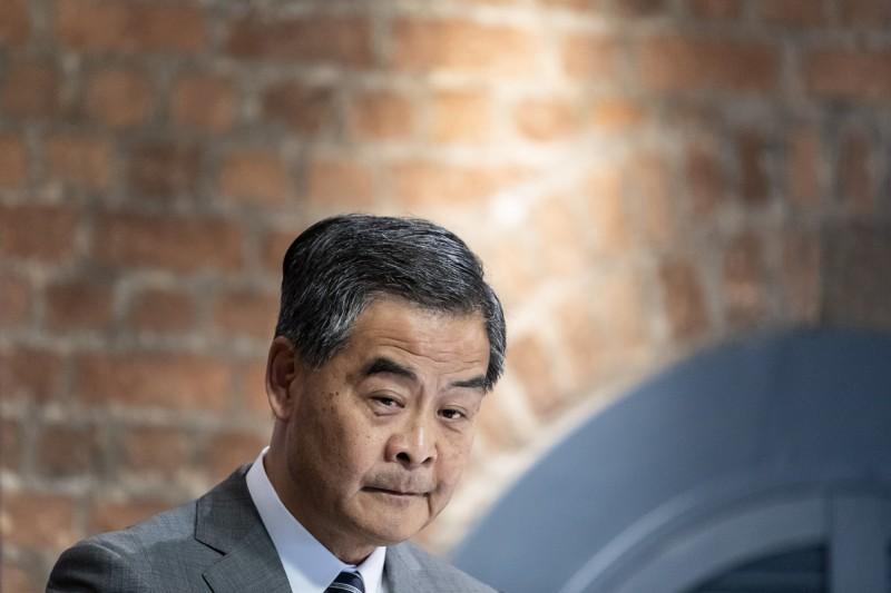 香港前特首梁振英(見圖)今在臉書發文嗆聲說:「在外地的港獨份子,不可能逍遙法外。」(彭博)