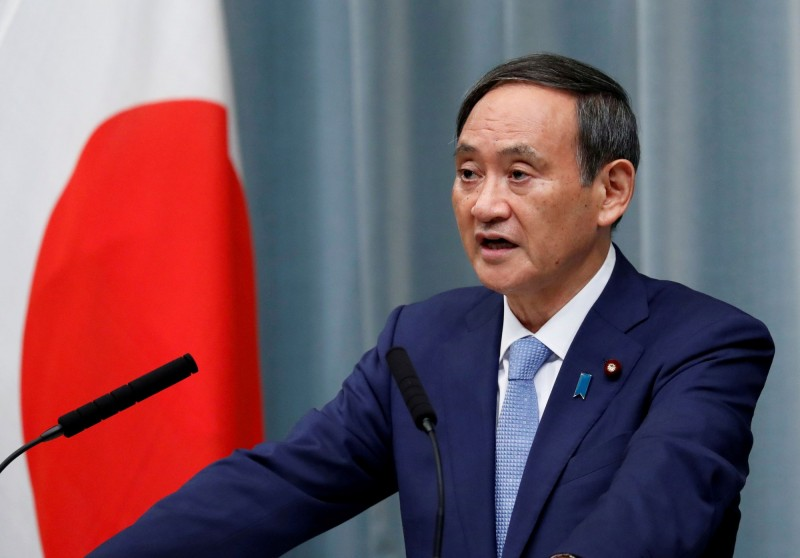 日本官房長官菅義偉今日表示,中國通過港版國安法立法「令人遺憾」,並且損害「一國兩制」的信譽。(路透)