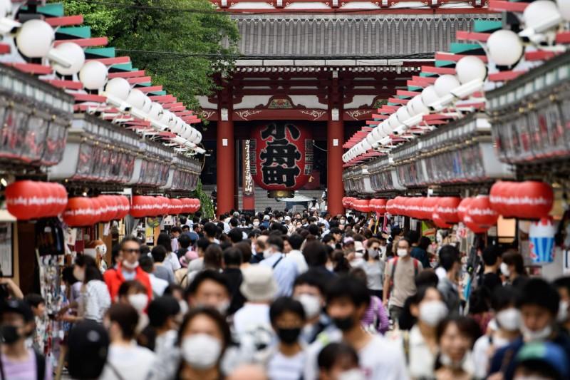 日本政府預定7月中與台灣、汶萊等國進行協議,可望列為第2波商務往來的名單,最快在秋天前開放。(法新社)