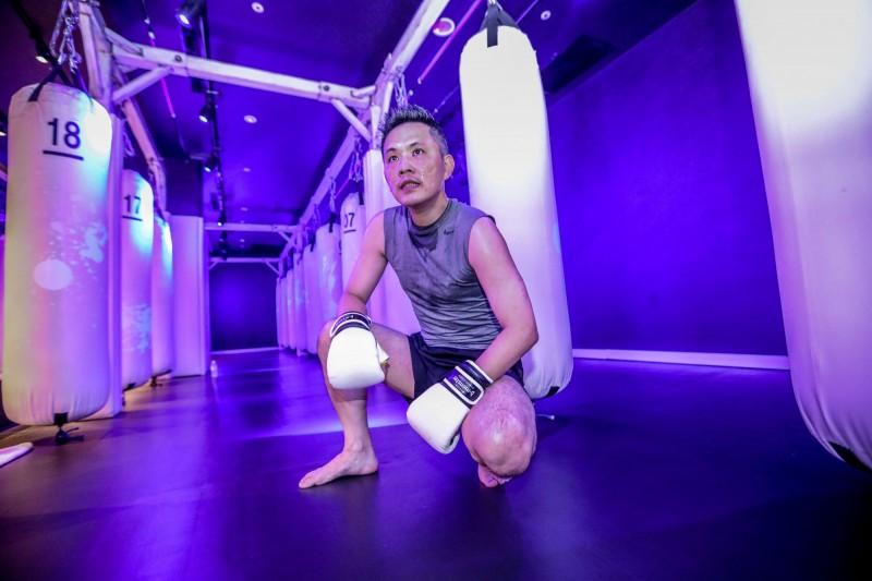 國民黨前主席朱立倫邀藍委打拳擊。(朱立倫辦公室提供)