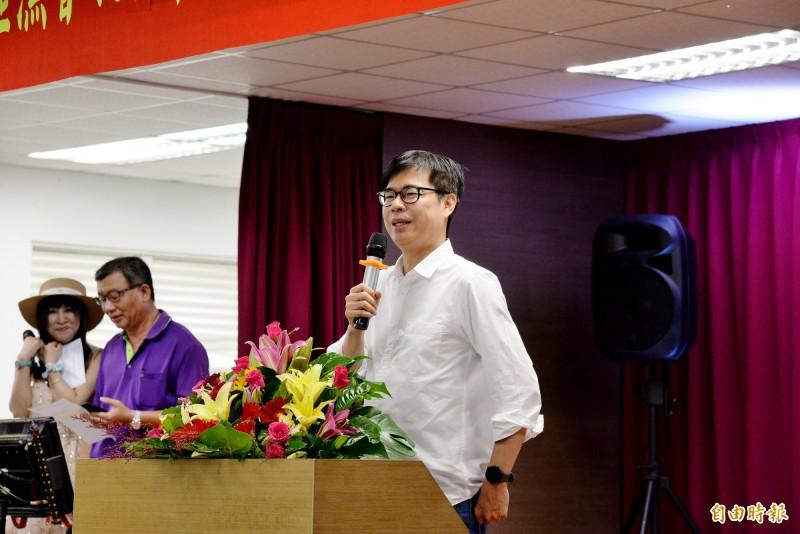 陳其邁上午出席興達港漁會的漁民節活動,表示對漁民的關心一直都在。(記者許麗娟攝)