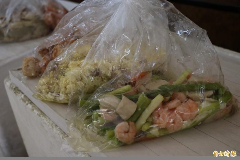 送入監所的會客菜規定嚴謹,不僅有重量限制,食材也必需去殼去骨。示意圖。(資料照)