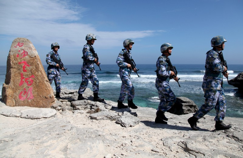 圖為西沙群島中共駐軍。(路透)
