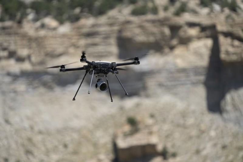 R80D「天空突擊者」(Sky Raider)無人機。(圖擷取自FLIR系統公司推特)