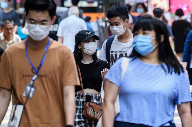 香港昨出現武漢肺炎本土確診病例,中斷連3週無本土病例的紀錄。(法新社)