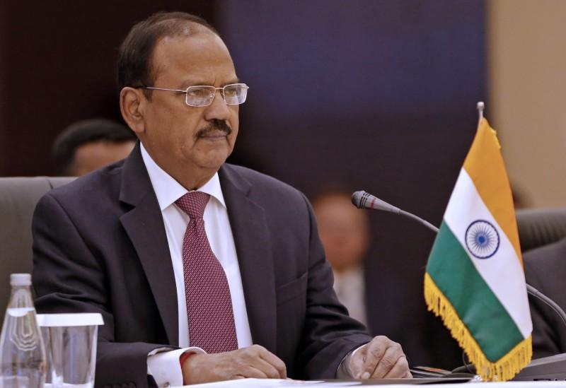 中印兩國為降低因近期邊境發生多起衝突,而升高的緊張情勢,在昨天再次進行雙邊熱電,分別由中國外交部長王毅與印度國安顧問阿吉特·多瓦爾(見圖)進行約2小時的對話。(法新社)