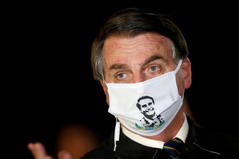 巴西總統波索納洛7日證實確診罹患武漢肺炎。(路透檔案照)