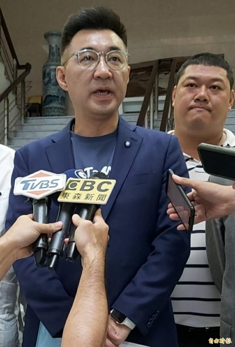 國民黨主席江啟臣,8日被媒體問及中國可能在2021年建黨100週年武統台灣時表示,相關報導太多,明天可能又變了。(記者張協昇攝)