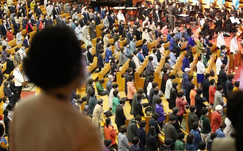 南韓防疫單位針對宗教活動作出相關防疫限制。圖為南韓教會示意圖。(歐新社)