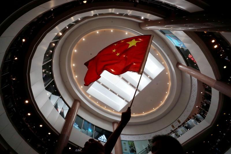 中國公布「數據安全法」草案全文公布,設置在中國的外國公司,未來恐被要求交出境外營運資料。(路透檔案照)