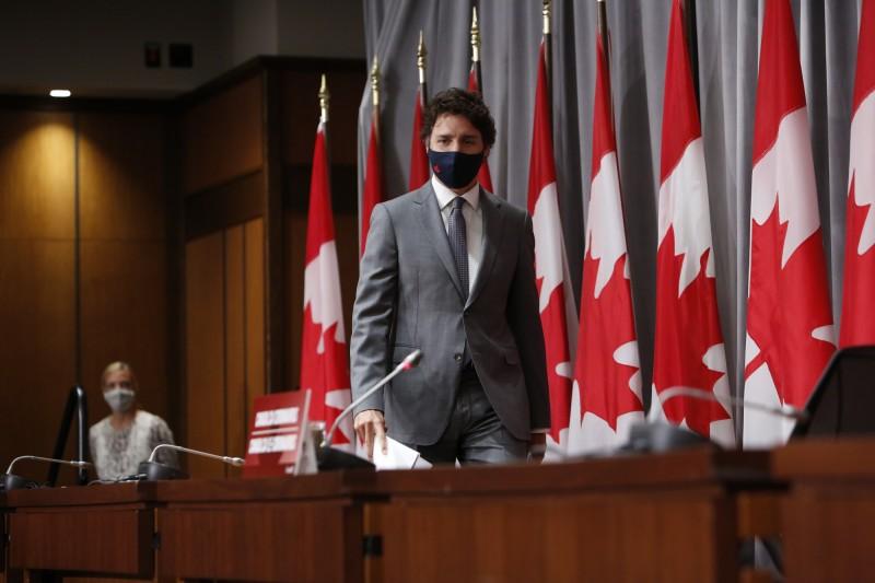 杜魯道表示,加拿大比包含美國在內的盟友們都更能夠控制疫情。(彭博)
