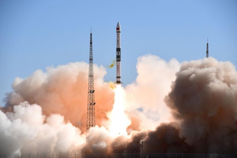 中國的「快舟11號」火箭首次發射失敗。圖為今年5月發射的「快舟1號甲」火箭。(路透)