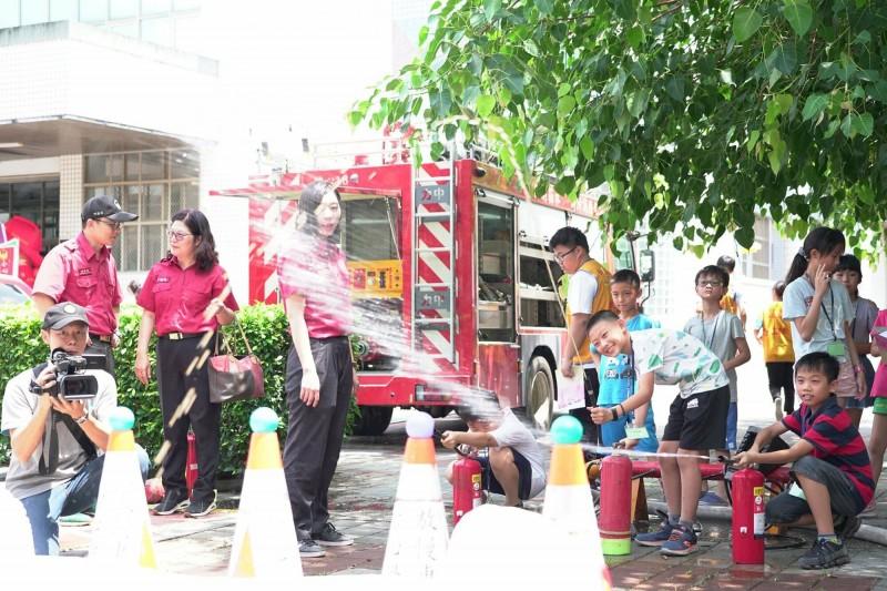 彰化縣消防小尖兵夏令營年年推出都是報名秒殺。(取自彰化縣消防局第三大隊官網)