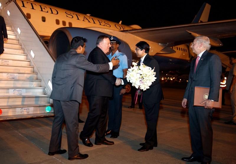 印度外交部傳選派對美重要官員美洲司司長達斯(Gourangalal Das,右2)出任印度台北協會會長,進一步強化印台關係。(法新社)