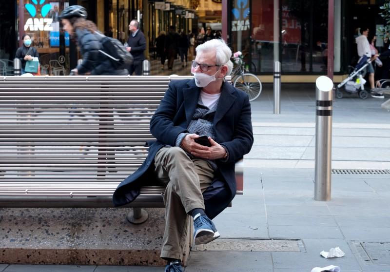 澳洲疫情熱點的維多利亞州今日新增273例確診病例,1例死亡,是疫情爆發以來第2高,也是維州連續一週單日確診病例維持3位數。(歐新社)