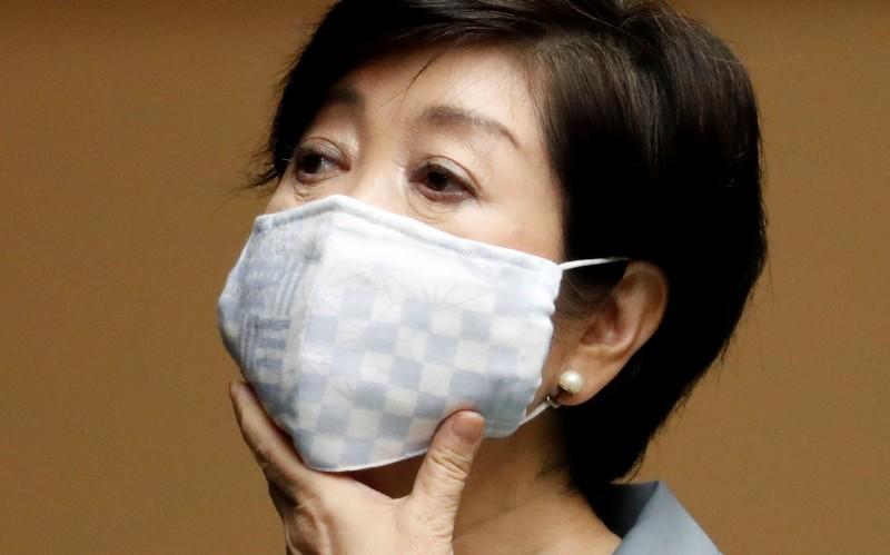 東京都知事小池百合子(Yuriko Koike)今(13日)堅決表示,作為克服武肺的象徵,奧運明年(2021)必須舉辦。(路透)