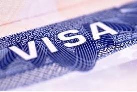 美國在台協會(AIT)宣布,明(15)起將恢復例行簽證服務,並優先處理學生及交換訪客簽證(F、M、J)。(取自AIT臉書)