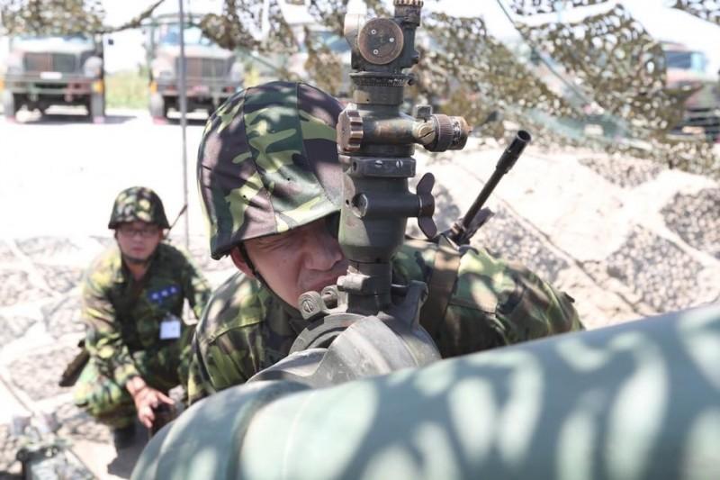 國軍召集二個營的後備軍人投入聯合反登陸作戰操演。(取自陸軍司令部臉書)