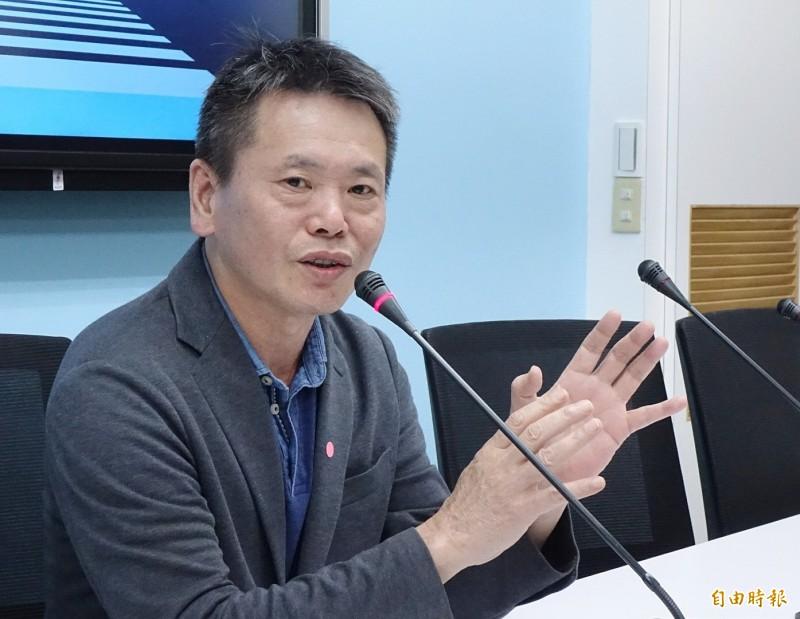 林為洲(見圖)上政論節目,堅稱陳菊不適任監察院長,被其他來賓打臉。(資料照)