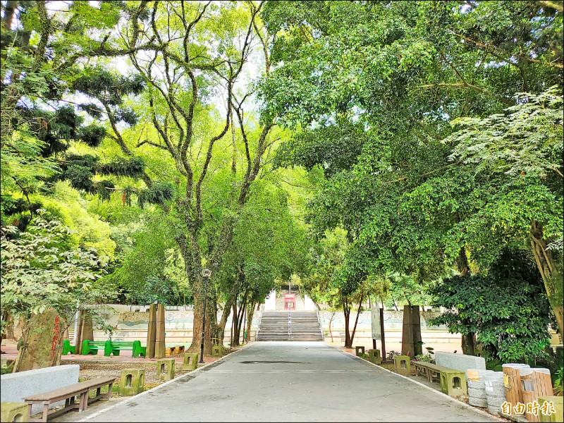 埔里台灣地理中心碑、虎山頭等知名景點納入日月潭國家風景區範圍。(記者佟振國攝)