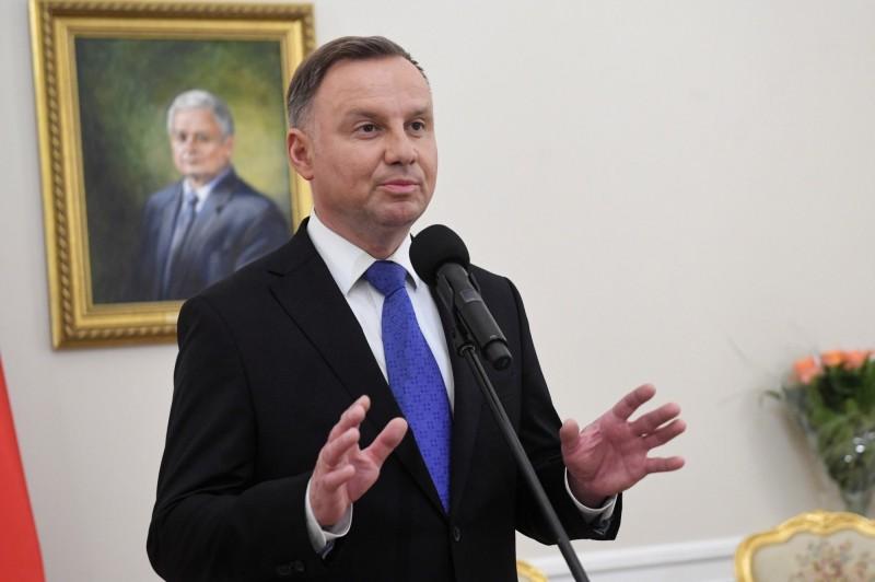 波蘭總統杜達(見圖)接到冒充聯合國秘書長的惡作劇電話,雙方還聊了長達11分鐘。(歐新社)