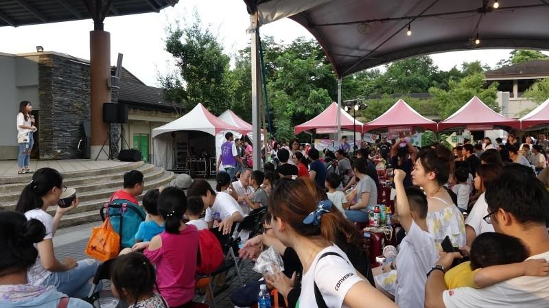 台北市立動物園今年夜間開放從7月18日起共7週的週六(7月18日至8月29日)。(台北市立動物園提供)