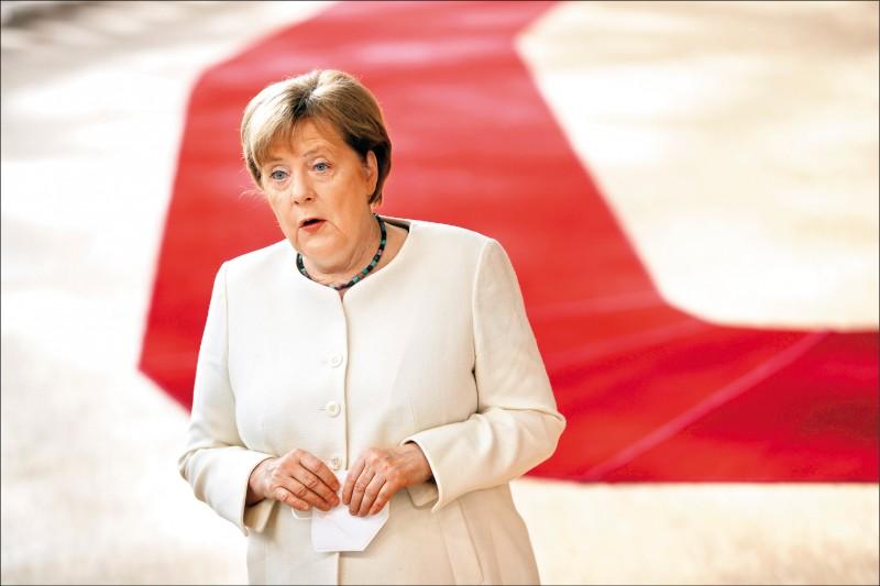 德國總理梅克爾被指曾為Wirecard進軍中國一事,在訪中時向中國政府尋求支持。(歐新社檔案照)