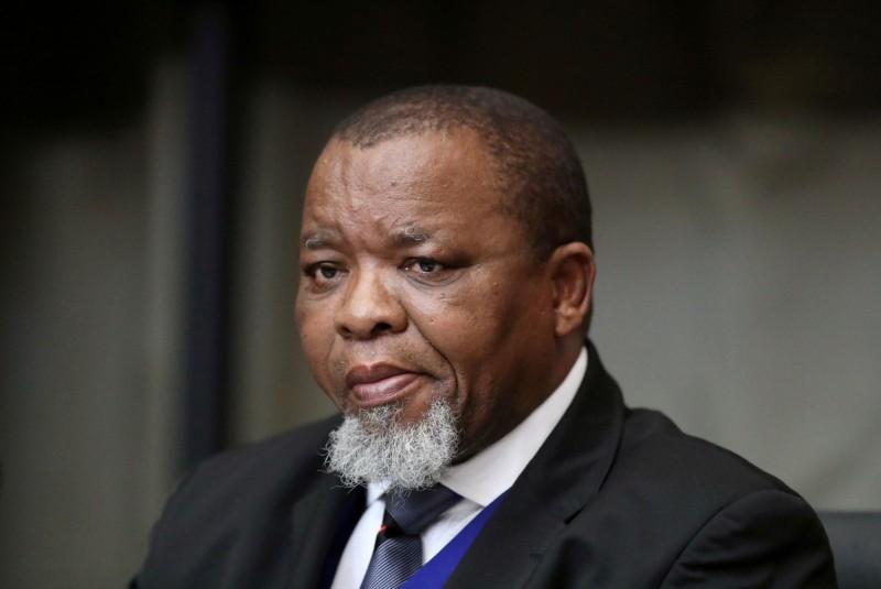 南非礦物資源部長曼塔希約一週前確診武漢肺炎,目前在醫院治療,成為南非第一位染病住院的高官。(路透)