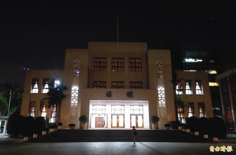 立法院挑燈夜戰國民法官法。(記者王藝菘攝)
