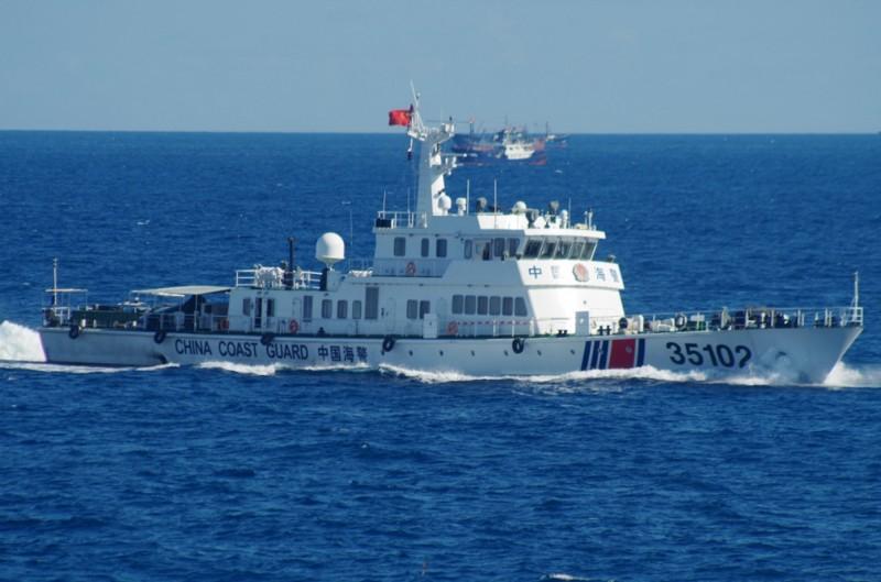 中國海警船已連續100天進入有主權爭議的釣魚台海域,引起日本高度警戒。美國智庫學者則認為,中國的做法相當不明智。(美聯社)