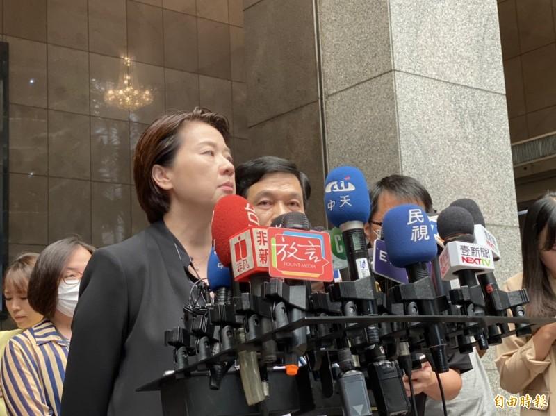 對涉弊工程員輕生一事,台北市政府昨天召開記者會,由都發局長黃景茂、副市長黃珊珊說明相關細節。(記者楊心慧攝)