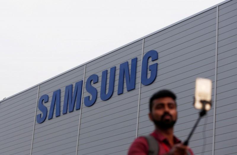 印度抵制中國運動在市場方面造成強烈影響,南韓三星電子智慧型手機銷量趁勢成長。(路透)