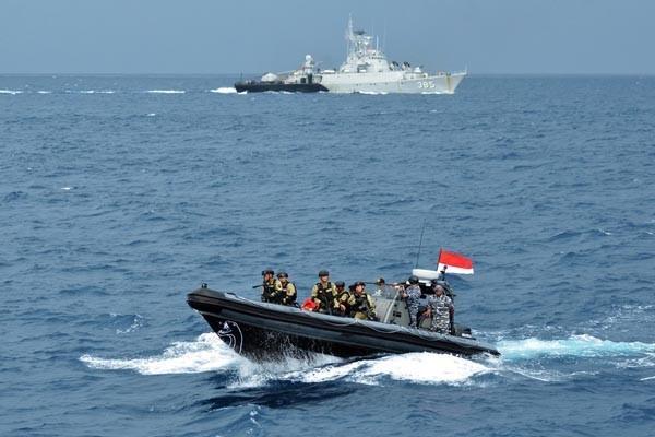 印尼海軍昨天在南海完成大規模軍事訓練,此為示意圖。(歐新社)