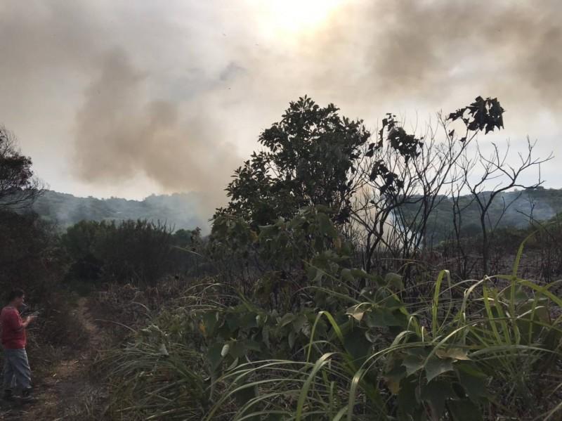 桃園市蘆竹區大古山今天清晨近6點發生火警。(記者魏瑾筠翻攝)