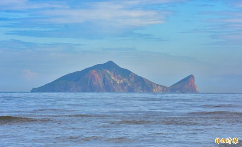 龜山島有龍!林佳龍、蔡阿嘎齊登龜山島 為20週年慶宣傳 - 生活 - 自