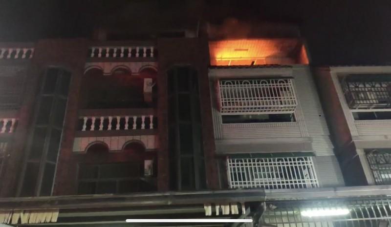 斗六發生住宅火警,所幸未造成人員傷亡。(記者詹士弘翻攝)