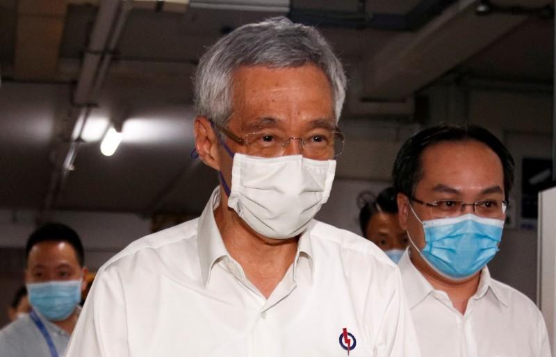新加坡新內閣今晚宣誓就職,總理李顯龍(見圖)持續掌舵。(路透)