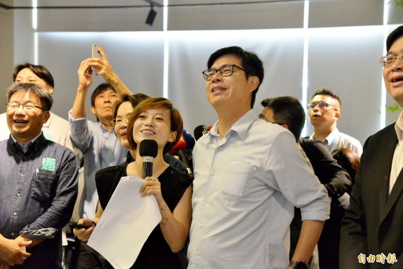 陳其邁上午至高雄軟體園區出席數位內容座談會,對於將上網紅館長的直播節目,他表示不會緊張。(記者許麗娟攝)