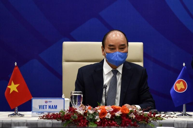 越南總理阮春福(見圖)表示,這波疫情和3月的不一樣,各省分、各城市都有爆發疫情的可能。(路透)