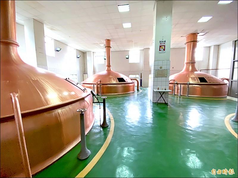 廠內保存早年的德國製的銅製糖化釜,全世界僅剩10組。(資料照,記者楊心慧攝)