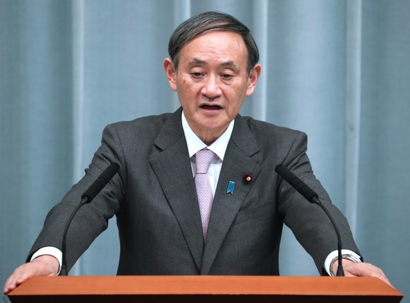 日本政府發言人、官房長官菅義偉今天在例行記者會中對於李登輝前總統辭世表達哀悼之意。(歐新社,資料照)
