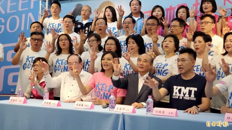 王金平表示,李登輝生前強調台灣民主要穩健前進,希望兩黨制衡,不能一黨獨大。(記者陳文嬋攝)