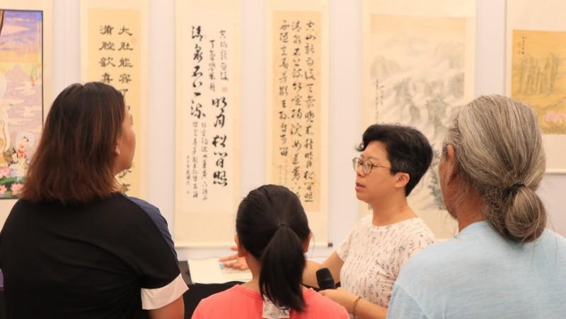 現場展出22幅由死刑、重刑犯創作的書畫,希望透過藝術形式開啟社會對生命的另一種對話。(台灣廢除死刑推動聯盟提供)
