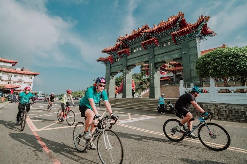 「日月潭Come!Bikeday」自行車活動,連續多年挑戰玉山塔塔加未果,今年再度叩關並進一步勇闖阿里山。(日管處提供)