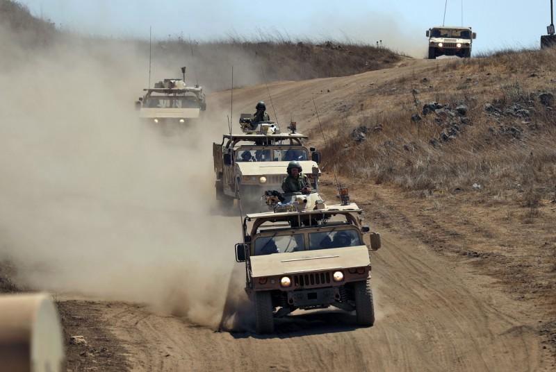 中東衝突升溫,以色列3日晚間空襲敘利亞軍事基地。(歐新社)