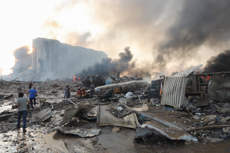 黎巴嫩首都貝魯特港口地區4日發生大爆炸。(彭博)